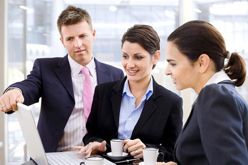 O setor gerencial de uma empresa é o coração da mesma, pois é através de tal área em que se dá o sucesso do negócio. De forma geral, pode-se dizer que de nada adianta se ter uma grande produtividade, e não ter a parte gerencial sendo executada com eficiência, pois tais retornos se perderiam no amadorismo de seus gestores. No entanto, tal setor precisa quase que o tempo todo de relatórios, gráficos, tabelas e etc. como forma de auxiliar seus serviços e suas tomadas de decisões. Anteriormente feito de forma manual, hoje em dia considerando a importância de tais informações, esse processo é automatizado. E é aí que aparece o módulo gerencial do sistema Strategix. Se você não o conhece, veja agora mesmo as suas funcionalidades: